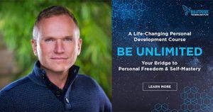 """Foto del Dr. Mark Atkinson y portada del curso """"Be Unlimited"""""""