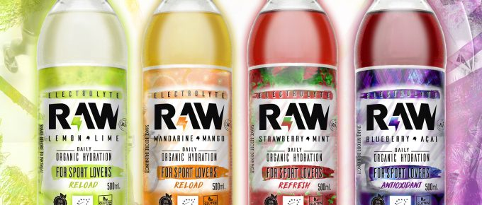 RAW SuperDrink botellas con los 4 sabores